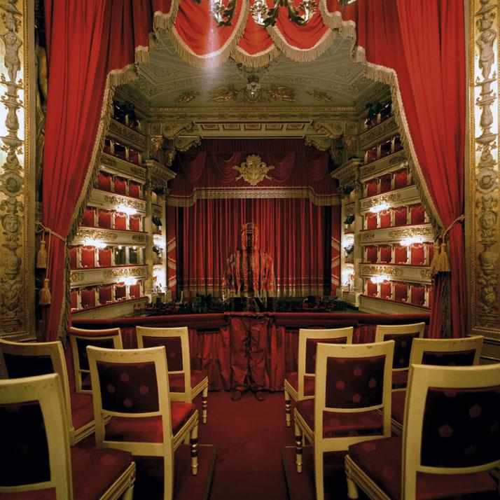 Royal Box at Teatro alla Scala, 2010, © Liu BolinCourtesy of Eli Klein Fine Art Gallery