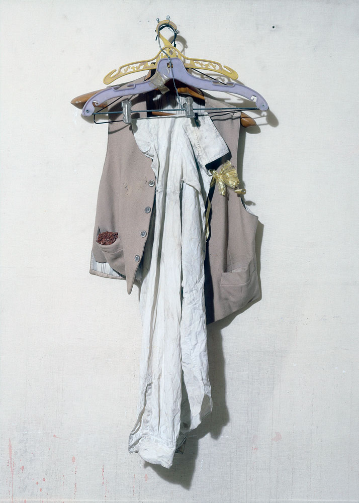 Vlassis Caniaris, Untitled, 1963, mixed media, 150x70x28 cm, Courtesy of The Breeder, Athens