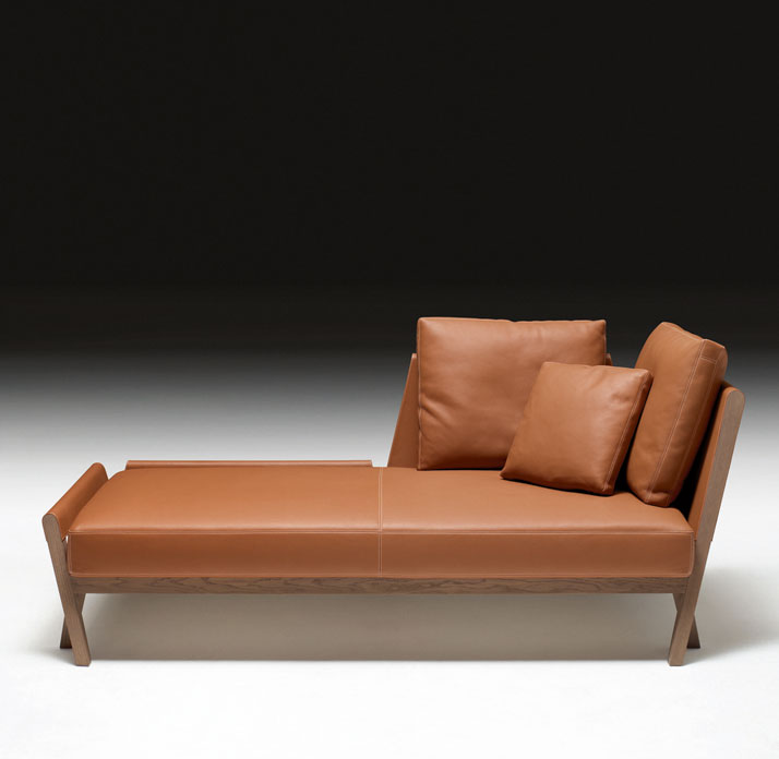 Designer: Antonio CitterioMéridienne for unwinding (chaise longue) in greyed oak and gold Clémence bull calf, Matières collection Image Courtesy of He