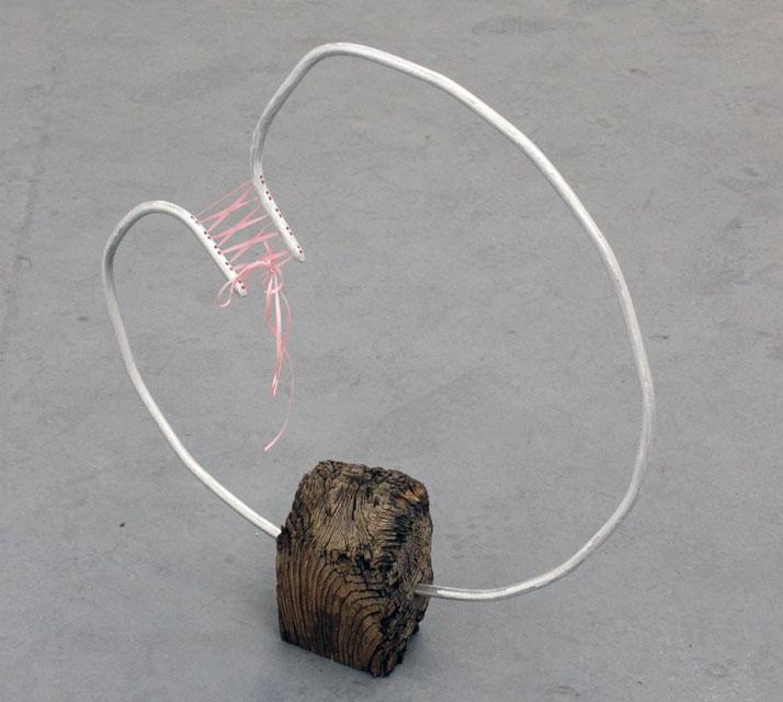 Bou. Wood, aluminium, ribbon. 2011 // © Dexter Dymoke