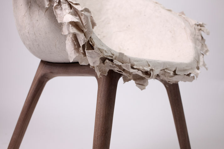 Piao 飘 -Paper Chair by INNOVO