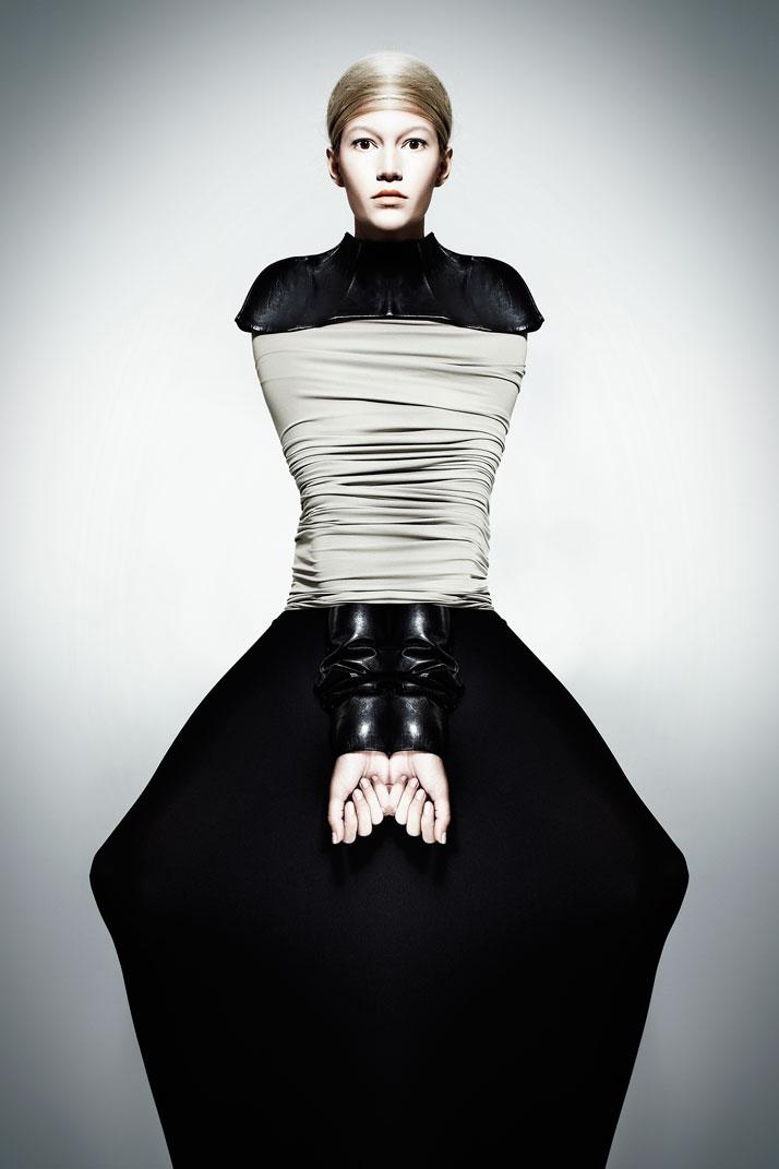 styling: Kseniya Berezovskaya, photo by Danil Golovkin, Courtesy of Anastasiya Komarova