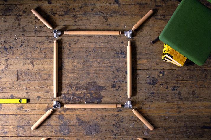 DIY table, photo © Philippe Malouin