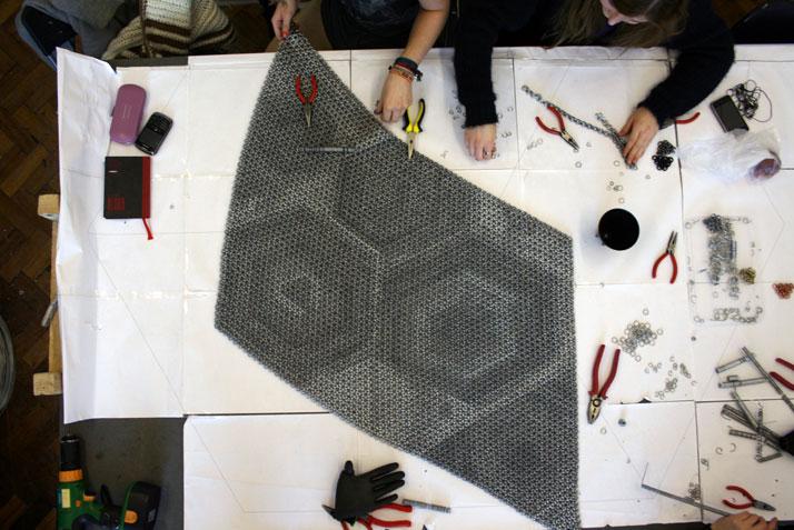 The making of Yachiyo metal rug, photo © Philippe Malouin