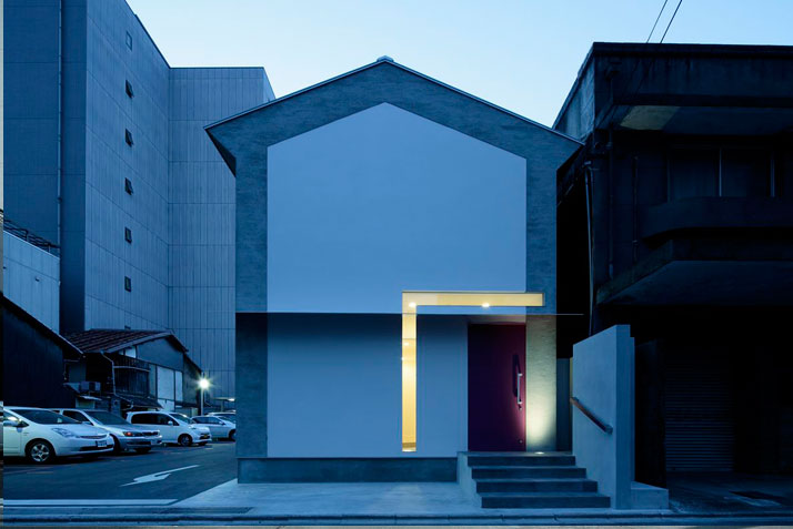 The Keyhole House By EASTERN Design Office
