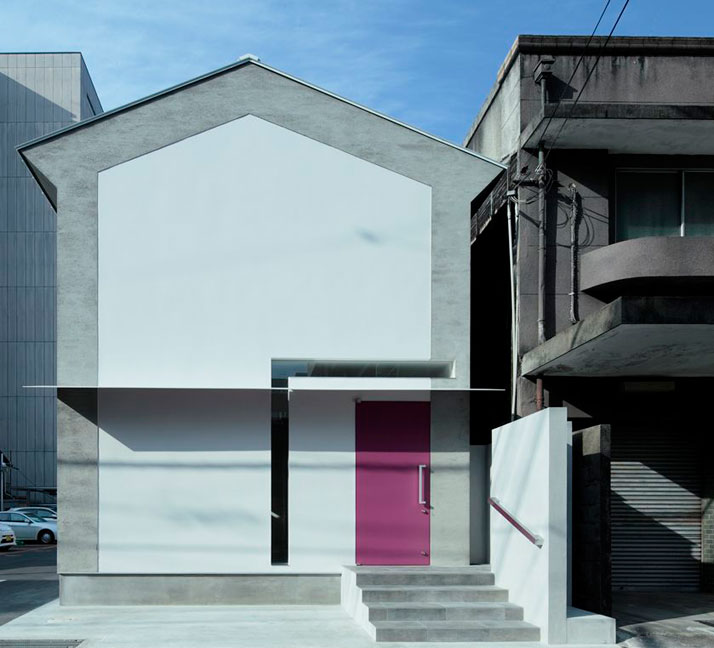 The Keyhole House By EASTERN Design Office Yatzer