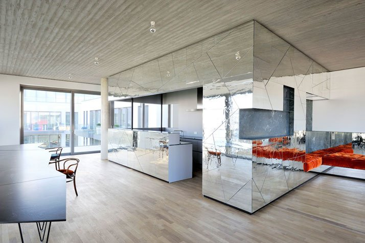 The Kitchen and the Lounge, photo © Gerrit Engel