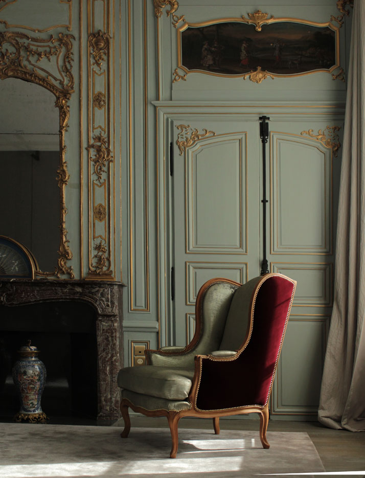 Chevigné bedroom (view on the cathedral): Paneling's and pastoral trumeau's, Hôtel du Marc.  photo © Costas Voyatzis for Yatzer.com