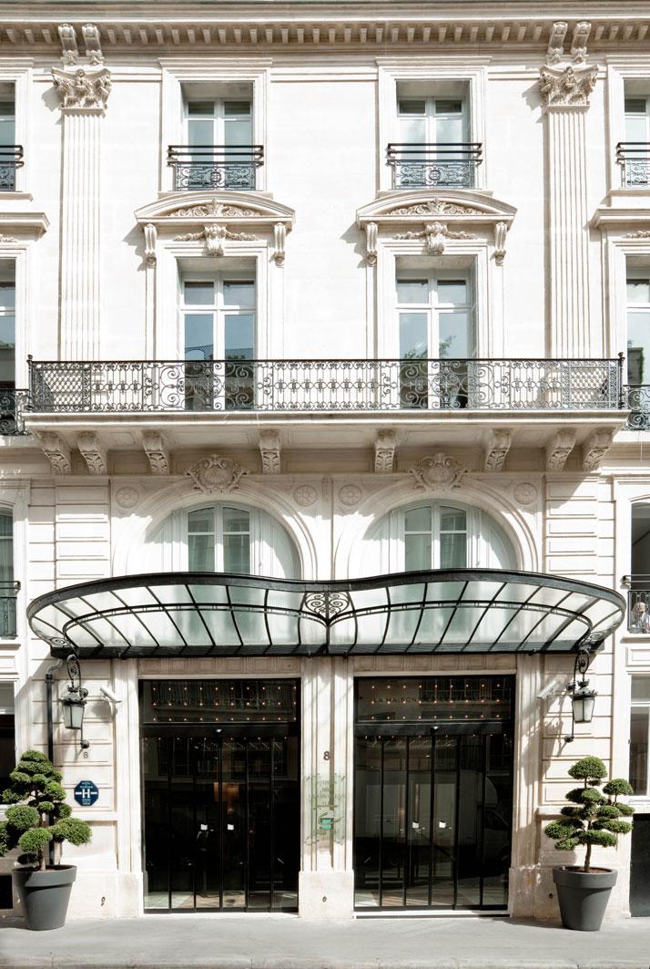 Entrance, photo © Martine Houghton