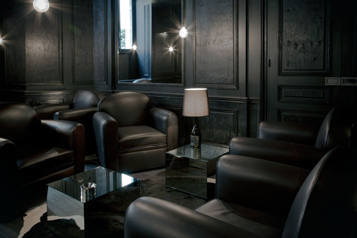 Salon Noir/ cigar bar, photo © Martine Houghton