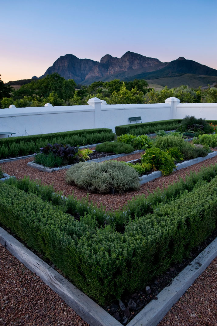 Babylonstoren an exceptional country getaway in south for Garden designs in south africa