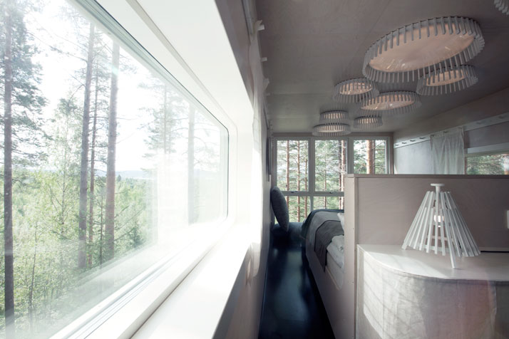 The Cabin (interior)Photo © Peter Lundstrom, WDO | Treehotel