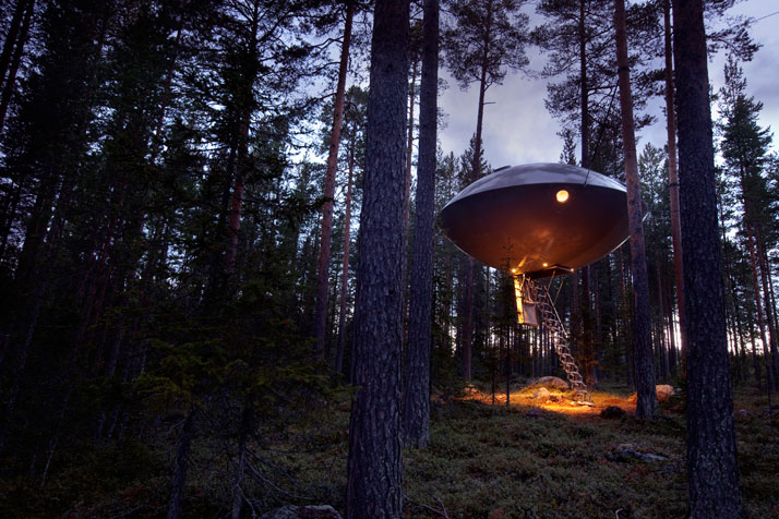 The UFOPhoto © Peter Lundstrom, WDO | Treehotel
