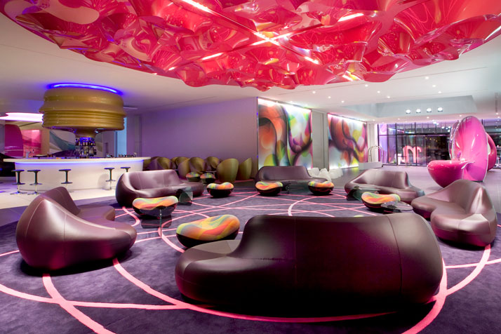 The nhow hotel in berlin yatzer for Designhotels deutschland