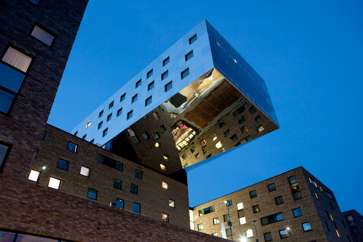 World of architecture and design karim rashid designs for Designhotel berlin