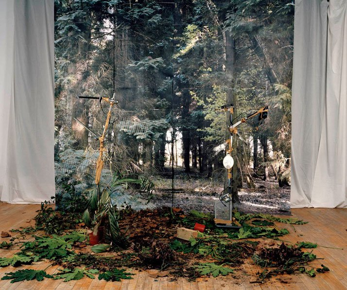 Wind, Colour Photograph, 111 x 140 cm, 2008 photo © Noemie Goudal