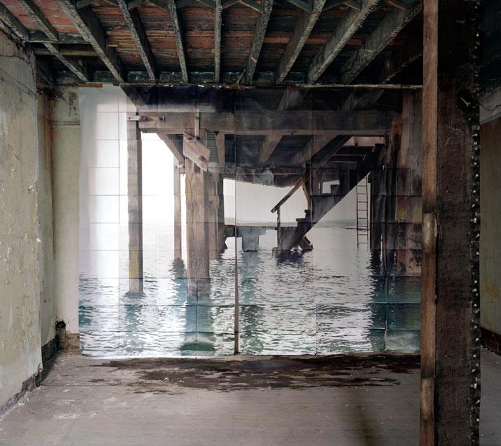 Les Amants (Jetée), Colour Photograph, 168 x 190 cm and 111 x 125 cm, 2009photo © Noemie Goudal