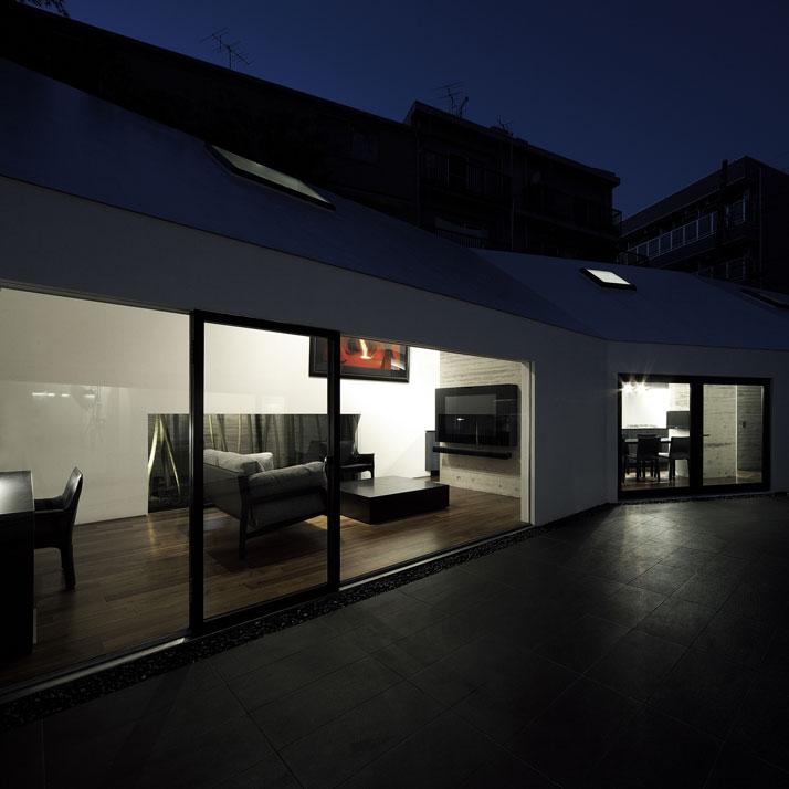 photo © Satoru Hirota Architects