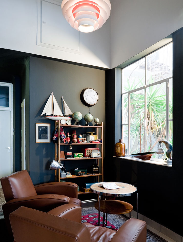 A view into the world of an avant garde collector ling for Avant garde interiors