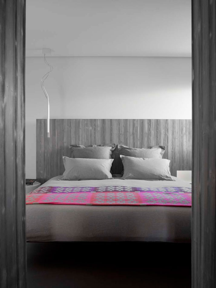 ROOM SUSPENSION: Mini mini, Luce PlanSUSPENDED BED: Fluttua, Lagophoto ©  Vincent Leroux