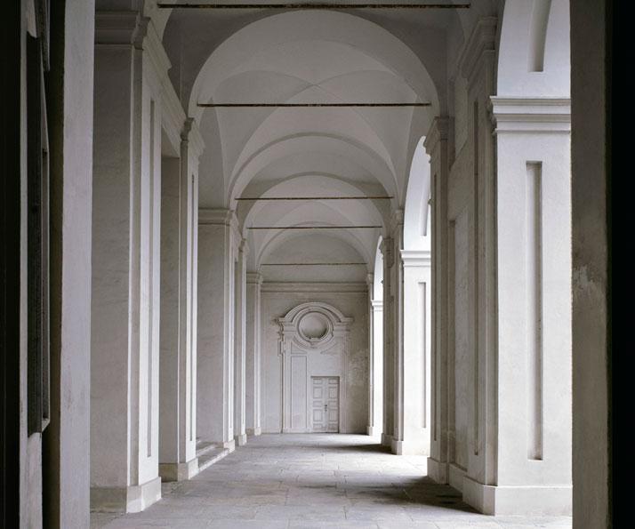 Castello di Aglie I, Piemonte, 2007 | photo © Massimo Listri
