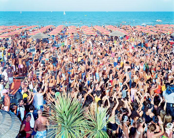 Papeete Beach 2, 2004, Milano Marittima, Italyphoto © Massimo Vitali
