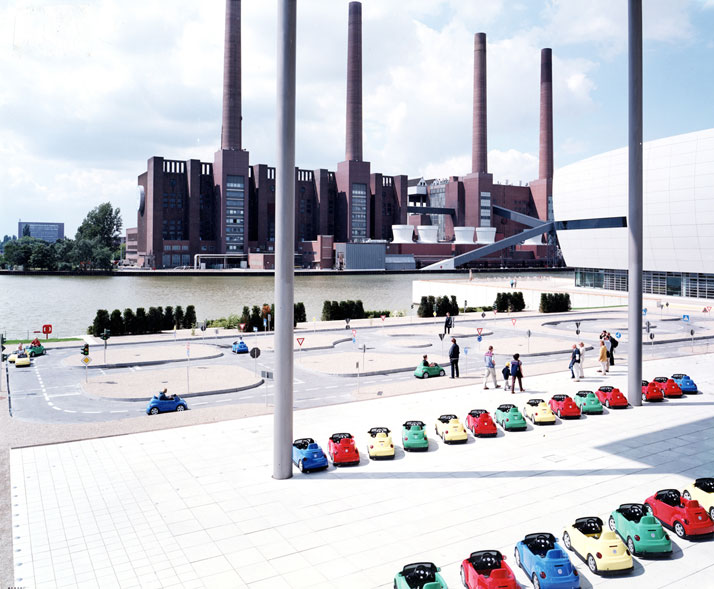 WV Lernpark One, 2001, Wolfsburg, Germanyphoto © Massimo Vitali