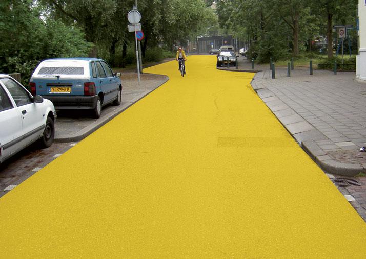 Yellow Street, Schiedam 2003, photo© Florentijn Hofman