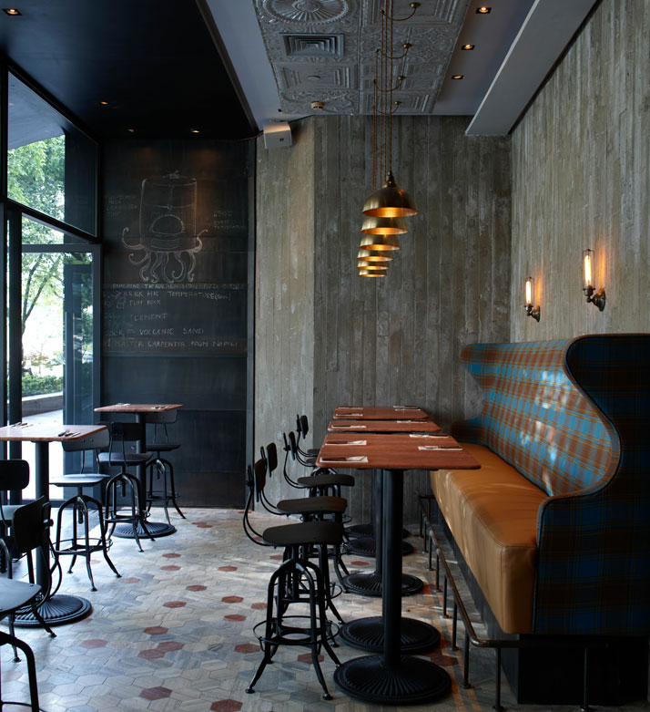 Decordemon matto bar and pizzeria in shanghai for Bar and restaurant interior design ideas