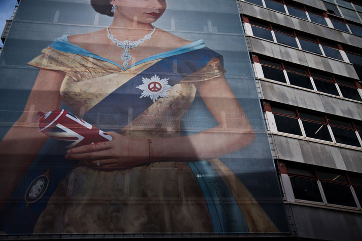 August 2012 // A portrait of the Queen hangs near the entrance to a Mr Brainwash art exhibition in the West End.photo © Brian Leli