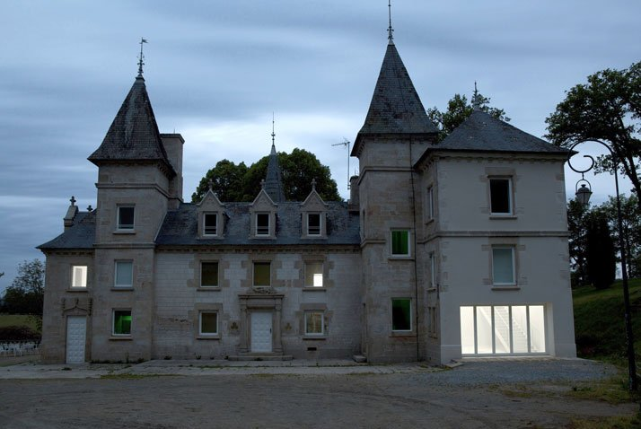 Berger&Berger, Notus Loci, estensione del Centre International d'Art et du Paysage, Île de Vassivière, Francia, 2012. photo by Guillaume Ziccarell
