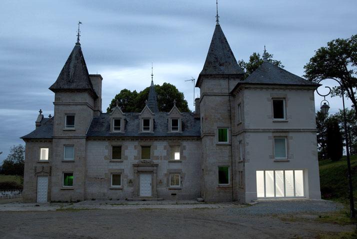 Berger&Berger, Notus Loci, estensione del Centre International d'Art et du Paysage, Île de Vassivière, Francia, 2012. photo by Guillaume Ziccarell