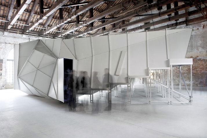 Berger&Berger, Ça va, cinema prefabbricato, 12. Mostra Internazionale di Architettura La Biennale di Venezia, 2010photo © Berger&Berger
