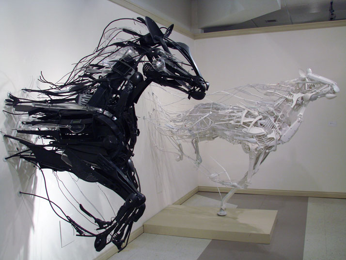 Sayaka ganz 39 s animal sculptures made of salvaged plastic for Art made by waste material