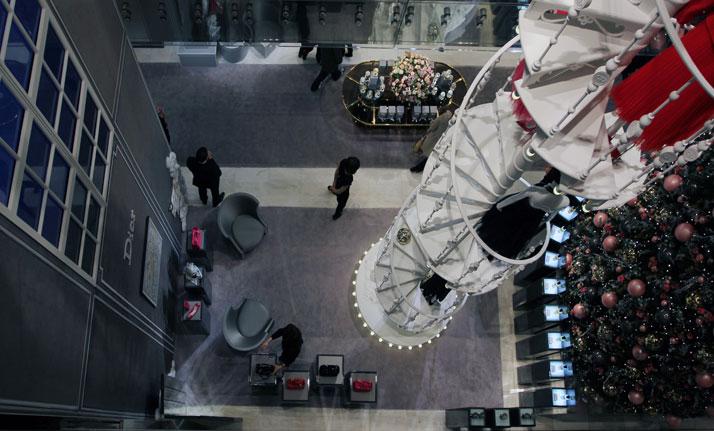 The atrium, photo © Costas Voyatzis for Yatzer.com