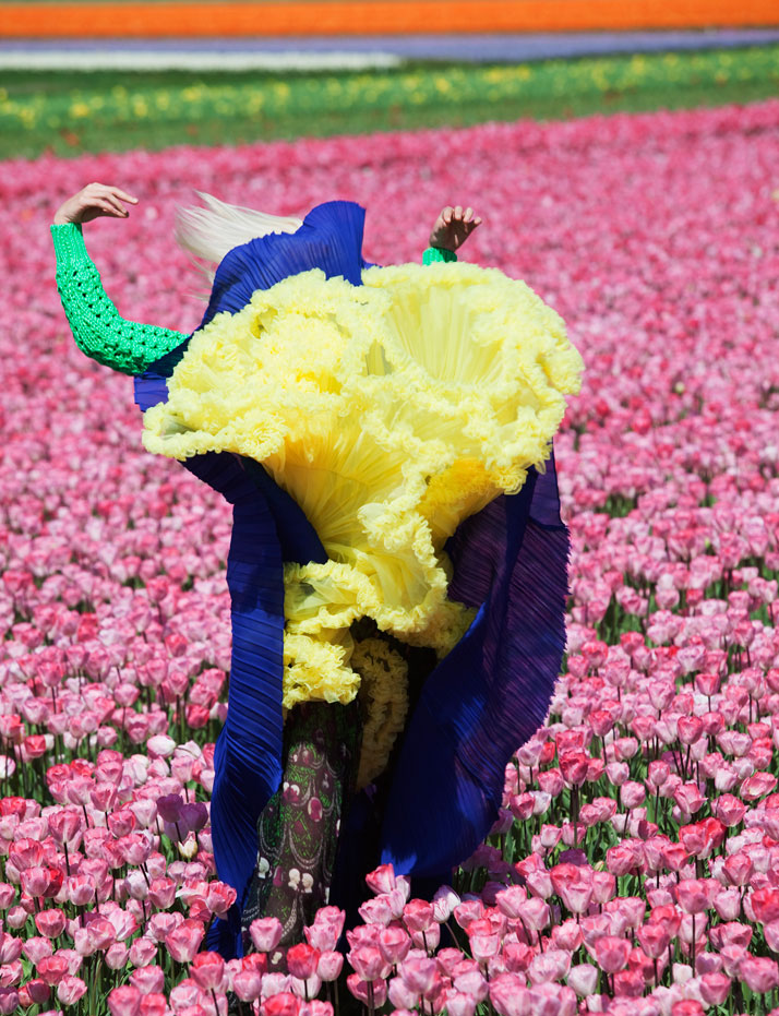 In Bloom (For Dazed & Confused), 2011, photo © Viviane Sassen