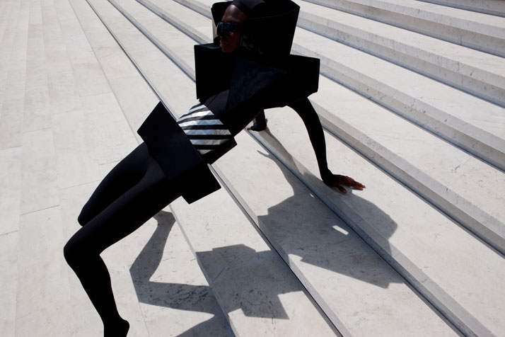 For DeLaMar Theater, photo © Viviane Sassen