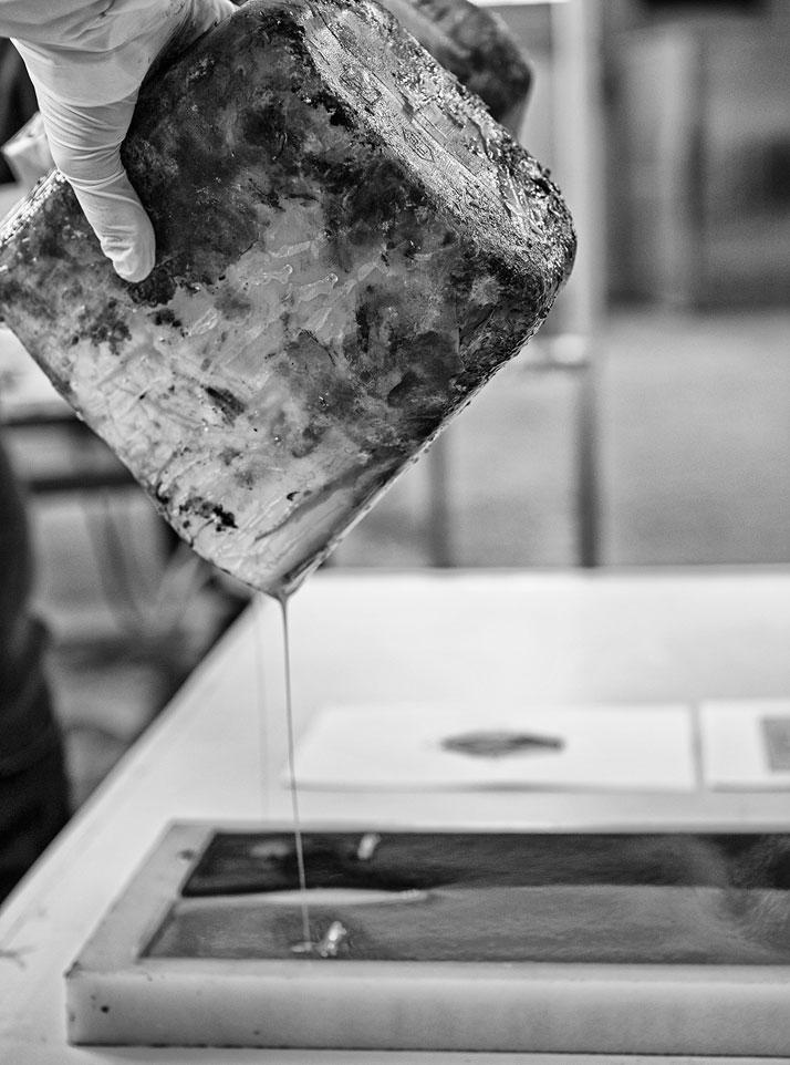 Eleven. Carlo Poggio Design, resin and iron (making of)photo by Emanuele Zamponi, Courtesy of Vacheron Constantin