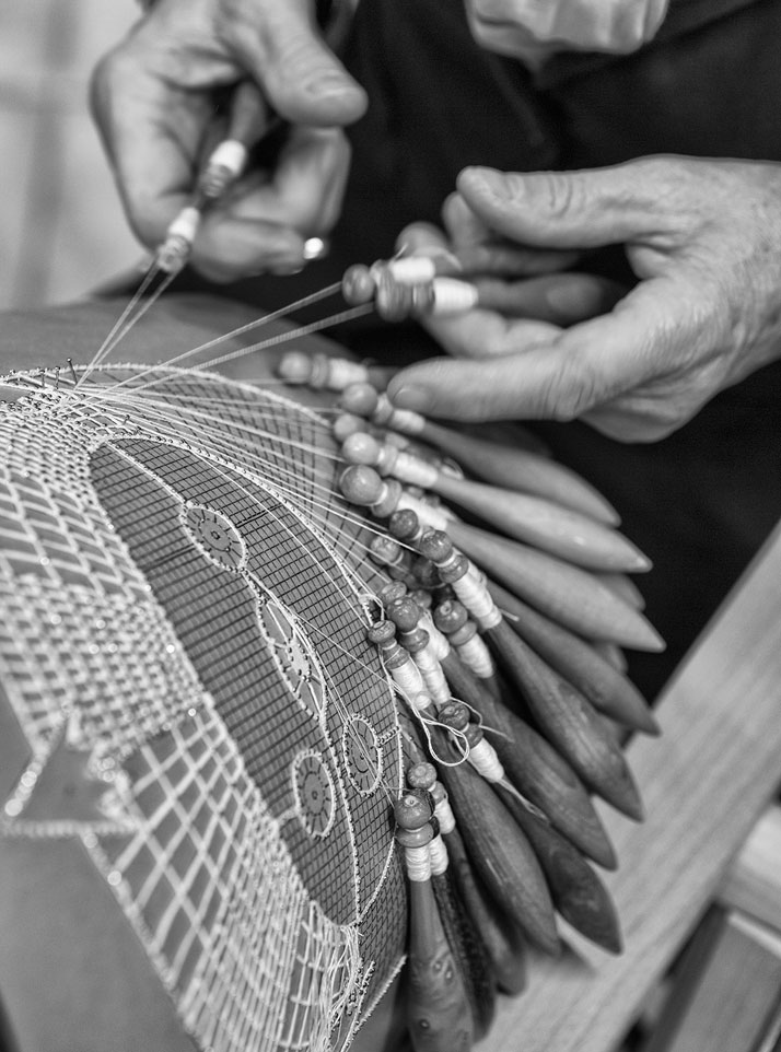 Two. Comitato per la Promozione del Merletto di Cantù, lace (making of)photo by Emanuele Zamponi, Courtesy of Vacheron Constantin