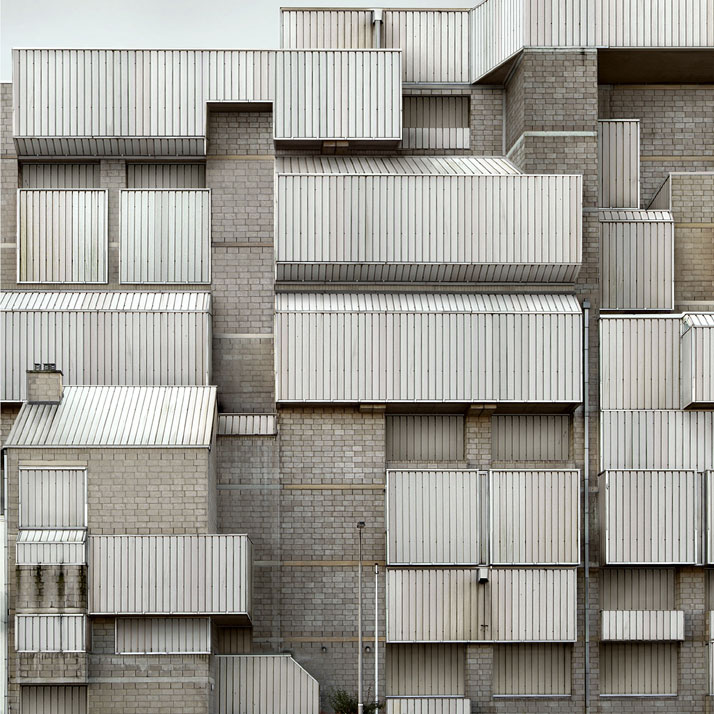 photo © Filip Dujardin