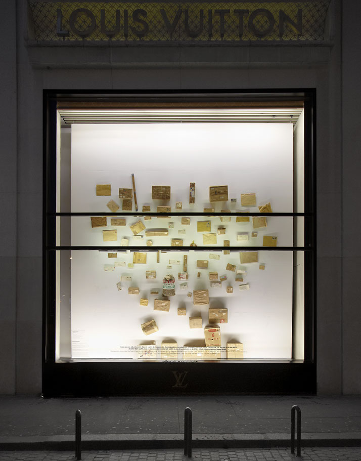 STEPHEN ANTONAKOSPackage Project, 1971Séries de 84 paquets / Paquet de Robert IndianaEncre, papier et technique mixteSeries of 84 packages / Package f