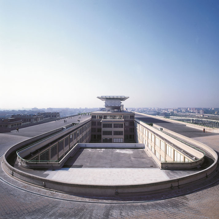 The famous track on the roof of the Lingotto buildingphoto Courtesy of Pinacoteca Giovanni e Marella Agnelli