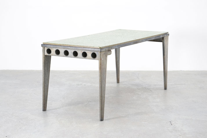 Jean Prouvé, Granipoli Table de Refectoire, 1939Collection Laurence and Patrick Seguin © Galerie Patrick Seguin