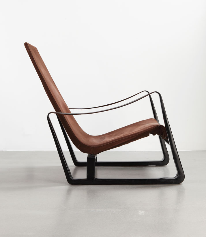 'Cité' armchair, ca.1933 Sheet steel, leather and stretched canvasCollection Laurence and Patrick Seguin © Galerie Patrick Seguin