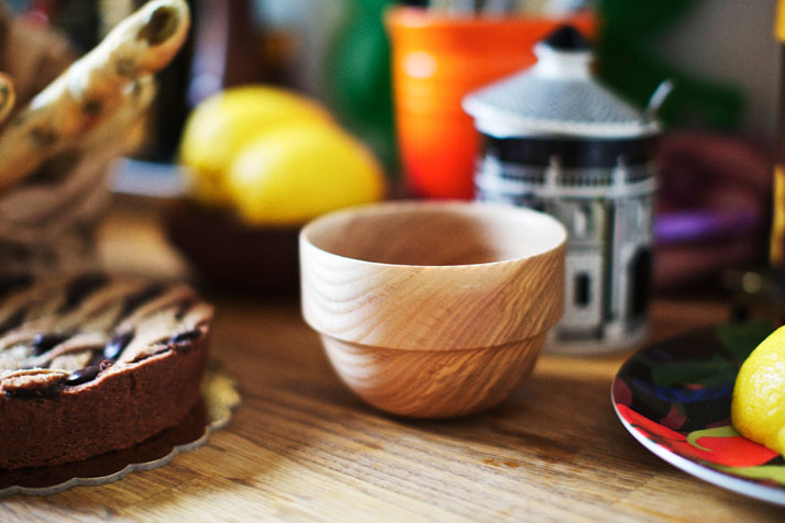 GALBE' wooden bowl by Pauline Deltour for Disciplinephoto by Paul Barbera, Courtesy of Discipline