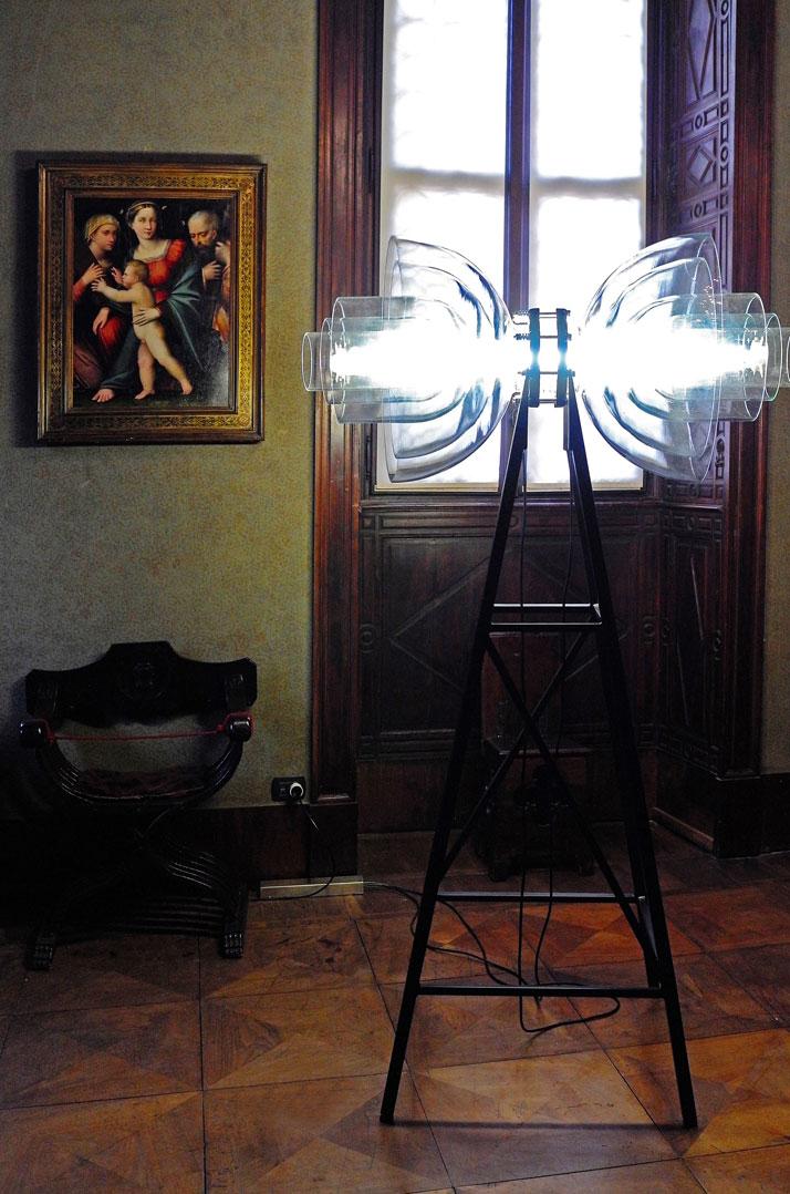 Transmission Lamp by Studio DeForm (Czech Repubblic). Photo by Tatiana Uzlova.