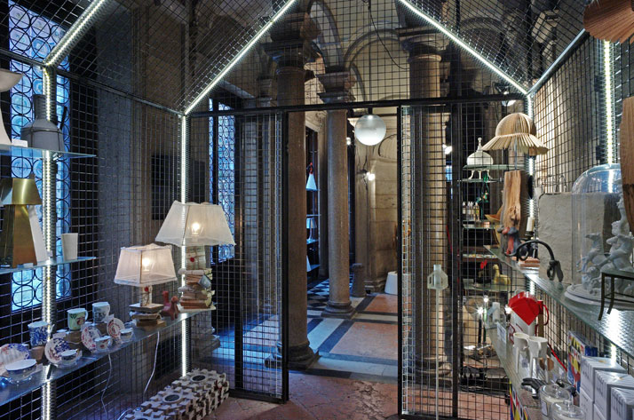 Bagatti Valsecchi Design Shop by Rossana Orlandi . Project curated by Massimiliano Locatelli – CLS architects. Photo by Tatiana Uzlova.