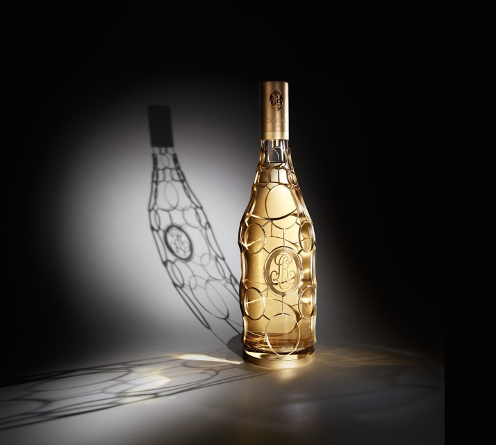 Teaming up withLouis Roedererchampagne house,Philippe Di Méohas recently produced a limited edition Jeroboam design for the 2002 cuvée Cristal. The bottle which takes 4 days to produce, costs 26,000 and features 24 carats gold will go on sale at the forthcoming Monaco Grand Prix. photo © Liquides, Paris.