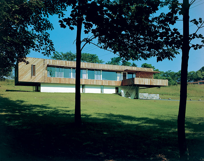 House Breuer II, New Canaan, Connecticut (USA), 1947 – 1948.© Marcel Breuer Papers, Archives of American Art, Washington, D.C.