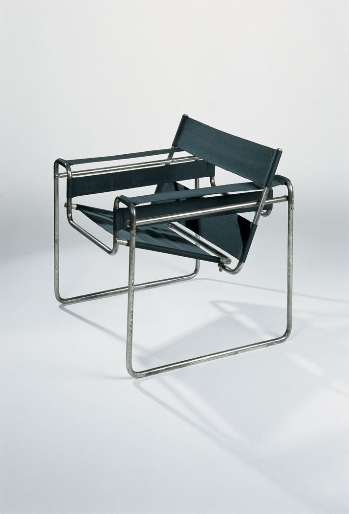 B3 armchair, tubular steel structure, edited by Standard Möbel, 1927, Vitra Design Museum collection.© Photo Thomas Dix - Vitra Design Museum archives, Weil am Rhein.